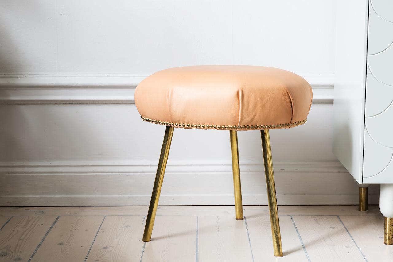 Ellinor halling footstool